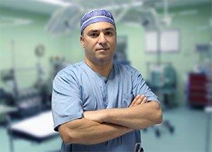 Dr. Farshid Achak