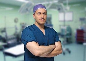 Dr. Roozbeh Taghavi